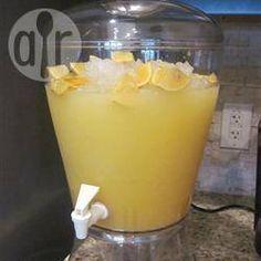 Ponche de frutas com refrigerante @ allrecipes.com.br