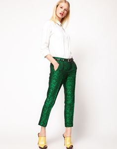 clean, simple, straight-leg pants and a crisp white shirt. would be great with flats too.