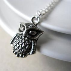 Owl necklace, looks a little evil but still like