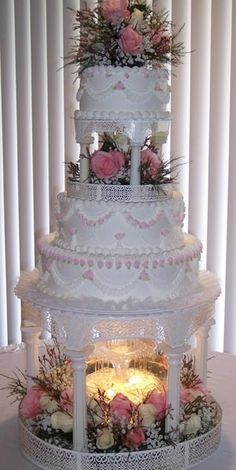 --Wedding Cake Connection---I always love the fountain cakes!