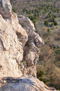 Arqueologos e fotografo descobrem rostos humanos gigantes talhados em pedra na Búlgaria ~ Sempre Questione - Notícias alternativas, ufologia, ciência e mais