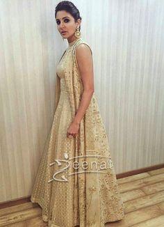Anushka Sharma In Anita Dongre For Ae Dil Hai Mushkil Promotions