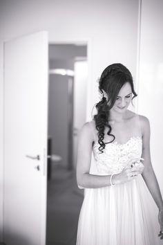 BHLDN Penelope Gown   Foto: Corine de Stefani - The Wedding Day  http://littlecity.ch/unser-hochzeitsalbum-teil-1-zeremonie-in-der-villa-s-quirico/