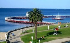 Geelong; Eastern Beach.