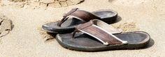 Best Sandals for Boys Little Boy Fashion, Kids Fashion, Beach Flip Flops, Fitflop, Shoe Brands, Summer Beach, Little Boys, Baby Items, Sandals