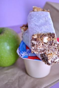 Chewy Smores Granola Bars (no bake) - Something Swanky