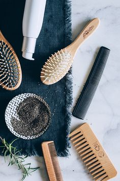 10 Natural Ways to Make Your Hair Grow Faster Make Hair Grow Faster, How To Make Hair, Grow Hair, Hair Salon Pictures, Hair Design For Wedding, Aussie Hair Products, Skin Care Remedies, Beauty Packaging, Hair Health