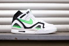 Nike – Air Tech Challenge II (white/ green) #Nike #Sneakers #SUPPA