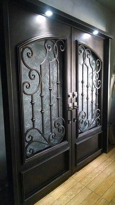 Steel Gate Design, Iron Gate Design, House Gate Design, Wrought Iron Driveway Gates, Wrought Iron Doors, Wooden Door Design, Main Door Design, Window Grill Design Modern, Iron Front Door