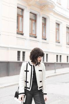 Black & White - Pauline