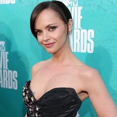 ... http://xfinity.comcast.net/blogs/tv/files/2012/09/christina-ricci.jpg