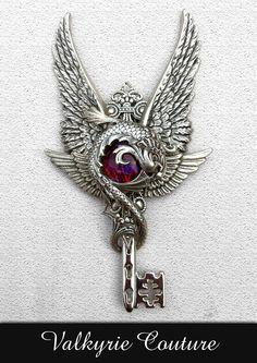 Handmade Gothic Fantasy Filigree Jewelry ~ Adaro Key