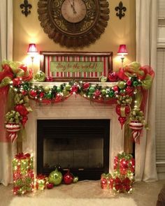 Beautiful Christmas Mantels pinned onto Home Decoration Board in Home Decoration Category Merry Little Christmas, Noel Christmas, Winter Christmas, Christmas Crafts, Green Christmas, Christmas Colors, Christmas Feeling, Christmas Swags, Christmas Music