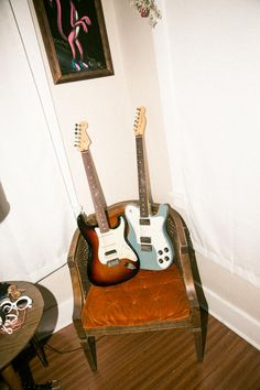 Fender literally wrote the book on electric basses, laying the foundation for musical innovation and evolution. Learn more about Fender electric basses. Fender Stratocaster, Fender Guitars, Gretsch, Fender American, Yesterday And Today, New Work, Rock N Roll, Music Guitar, Friends