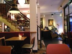 mata-hari-amsterdam-restaurant-in-amsterdam. Midden in the Red Light District. (Centrum)