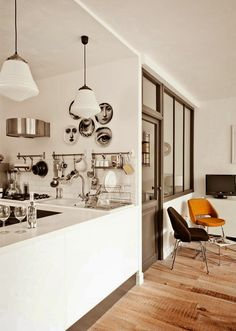 Elodie's very cool Bordeaux townhouse