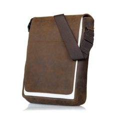 WaterField s Muzetto bag... I keep eyeballing it. It verges on the edge 08d1c8aa60