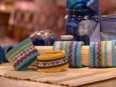 Quer uma pulseira de tecido? Veja aqui que legal essa dica! A pulseira de tecido é fácil e barata p