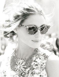 371 best look glasses images oakley sunglasses wearing glasses Black Red Oakley Jupiter elegant eyes shades for sunny summer days ray ban sunglasses fatale street style