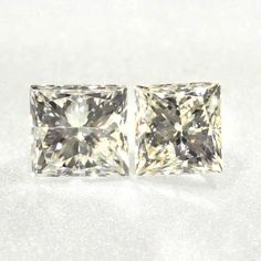 0.145 ctw Yellow -Y1 SI3 Clarity 2.92x2.67x2.15 mm Princess Cut Natural Diamond