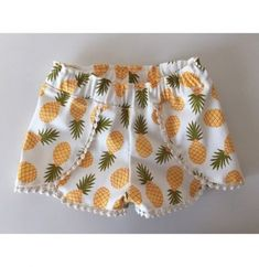 coachella shorts pattern by striped swallow designs. Cute Summer Outfits, Short Outfits, Kids Outfits, Cute Outfits, Short Niña, Short Girls, Short Infantil, Jupe Short, Diy Shorts