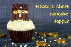 How to Make Fondant Treasure Chest Cupcake Topper - Step-by-Step Tutorial