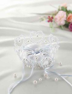グレースフラワーリングピロー【ブルー】手作りキット<シェリーマリエ・リングピローコーナー> Ring Pillow, Pillow Box, Bridal Collection, Diy And Crafts, Dream Wedding, Projects To Try, Marriage, Brooch, Crown