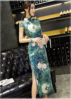 Long cheongsam, silk, high split at sides, elegant dress, SALE and extral SALE, shipping global and timely