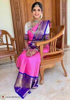 Saree Blouse Neck Designs, Saree Blouse Patterns, Bridal Blouse Designs, Fancy Dress Design, Stylish Blouse Design, White Saree Blouse, Indian Beauty Saree, Silk Sarees, Saris