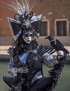 Venetian masquerade costumes and masks Venetian Costumes, Venice Carnival Costumes, Venetian Carnival Masks, Mardi Gras Costumes, Carnival Of Venice, Masquerade Costumes, Venetian Masquerade, Masquerade Ball, Venice Carnivale