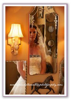 DC Wedding Photographer: Michelle VanTine: Silverbrook Farm Wedding: Country Chic www.michellevantinephotography.com