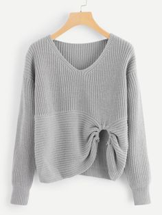 To find out about the Ring Detail Asymmetrical Hem Sweater at SHEIN, part of our latest Sweaters ready to shop online today! Sweater Outfits, Cute Outfits, Going Out Shirts, Summer Knitting, Knitwear Fashion, Cool Street Fashion, Grey Fashion, Casual Tops, Knit Crochet