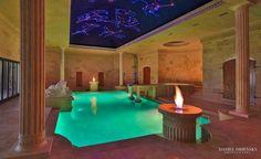 Sabella kőből faragott - Luxe Interiors + Design