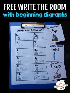 Write the room is such a brilliant activity! The best part about this write the room with digraphs activity is it comes in three levels of difficulty - I love the differentiation in this free printable! #writetheroom #digraphs #kindergarten #firstgrade