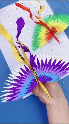 Paper Crafts Origami, Diy Crafts For Gifts, Paper Crafts For Kids, Diy Arts And Crafts, Diy Crafts Videos, Creative Crafts, Art Crafts, Instruções Origami, Origami Flower