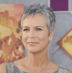 Jamie Lee Curtis rocks the grey so well