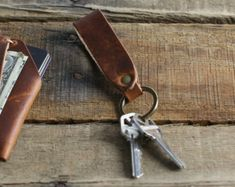 Leather Keychain // Personalized Leather Key Fob // Groomsmen Gift, Housewarming, Father's Day, Husband // Horween Leather English Tan