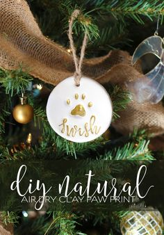 Pet gift basket with personalized all natural DIY air dry clay paw print ornament - DIY natural organic pet cat dog paw print ornament modern script stamps - Paw Print Crafts, Dog Crafts, Animal Crafts, Kids Crafts, Cat Paw Print, Dog Paw Prints, Pet Paw Print Ornament, Diy Air Dry Clay, Navidad Diy