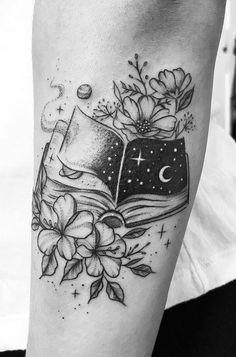 illustrative book tattoo ©️️ Carolina Helena 💟❤️💟❤️💟 halloween tattoos Awe-inspiring Book Tattoos for Literature Lovers - KickAss Things Form Tattoo, Shape Tattoo, Get A Tattoo, Tattoo Small, Small Tats, Tattoo Ink, Mini Tattoos, Body Art Tattoos, Tatoos
