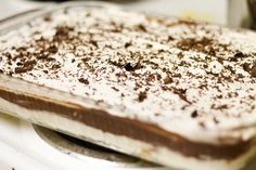 Stay at Home Mama: 4 Layer Delight Cookie Desserts, Just Desserts, Delicious Desserts, Keto Desserts, Cookie Bars, Yummy Food, Layered Deserts, Chocolate Pudding Desserts, Chocolate Lasagna