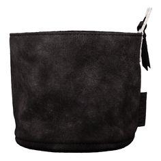 Zusss Leren Mandje Zwart  Description: leren mandje zwart  Price: 12.95  Meer informatie  #woononline