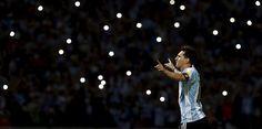 Blitzlichtgestalt: Lionel Messi in Argentiniens WM-Qualifikationsspiel gegen Bolivien.