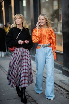 Need Summer Outfit Inspo? Copenhagen Fashion Week's Street Style Stars Are Here To Help Copenhagen Fashion Week's Best Street Style Model Street Style, Nyc Street Style, Rihanna Street Style, Copenhagen Street Style, Looks Street Style, Cool Street Fashion, Street Style Women, Stockholm Street Style, Paris Street