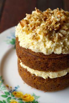 Delicious Sweetener Free, Sugar Free, Grain Free, Gluten Free Carrot Cake3 Normal ingredients!! Healthy