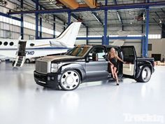 2011 Ford F-350 - Black Mamba - Dually - Truckin' Magazine.. dang, but what a waste of a Powerful truck!