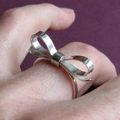 i saw this ring IRL and allllllmost bought it. such regret #jewelry #style #bows