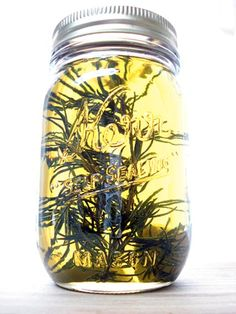 DIY rosemary inflused olive oil