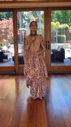 Pakistani Fancy Dresses, Party Wear Indian Dresses, Designer Party Wear Dresses, Dress Indian Style, Indian Wedding Outfits, Pakistani Dress Design, Pakistani Outfits, Casual Indian Fashion, Indian Fashion Dresses