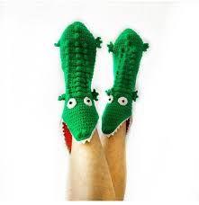 Bootie Socks, Slipper Socks, Crochet Motif, Knit Crochet, Crochet Patterns, Funny Hats, Boy Blankets, Knit Shoes, Boot Cuffs