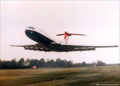 British Airways Vickers VC-10 (G-ARVM) makes an incredibly low pass at the Silver Jubilee Air Display at White Waltham on 15 May 1977.